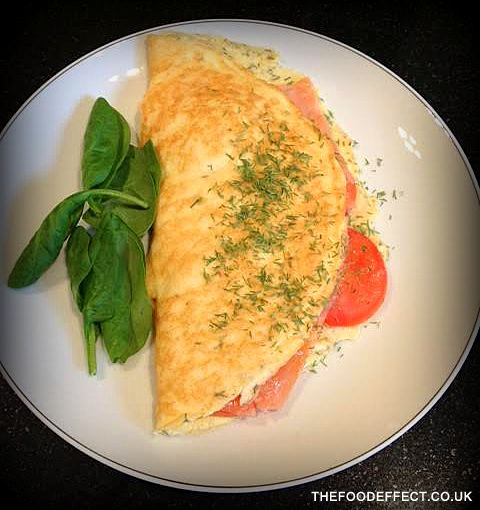 Smoked salmon omelette2